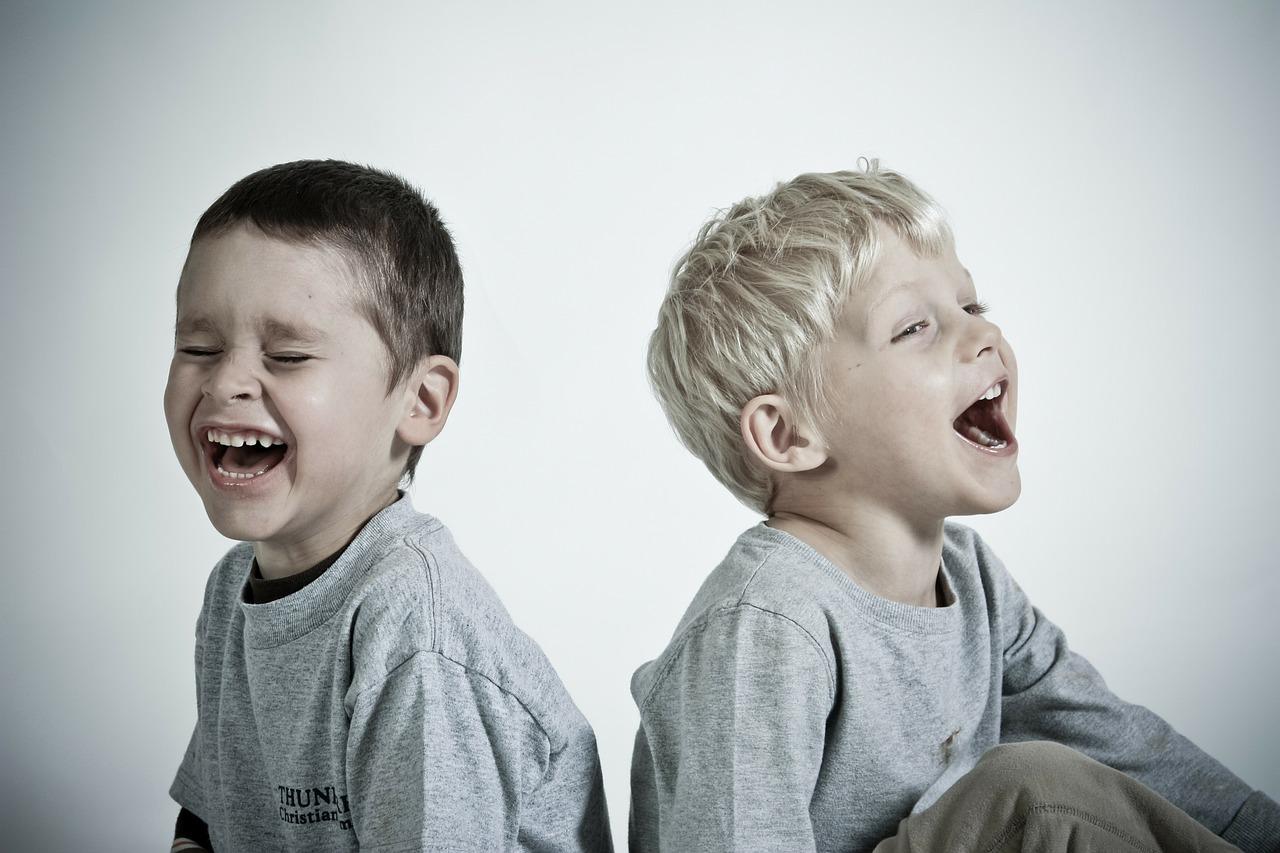 bambini-felici-yoga-ratna-ayurveda-sonia-manfra-ticino-lugano